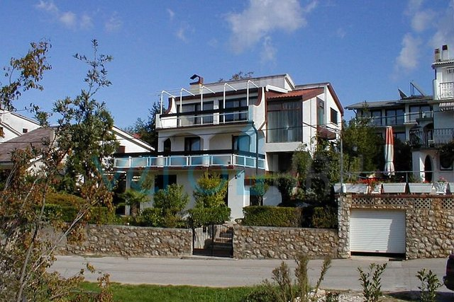 House, 232 m2, For Sale, Malinska