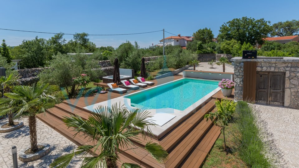 The island of Krk, Dobrinj, quality house with pool