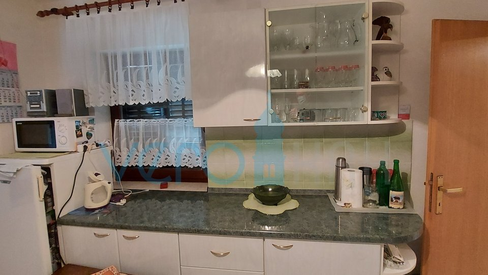 House, 230 m2, For Sale, Malinska