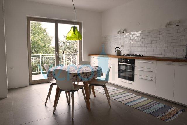 House, 160 m2, For Sale, Malinska