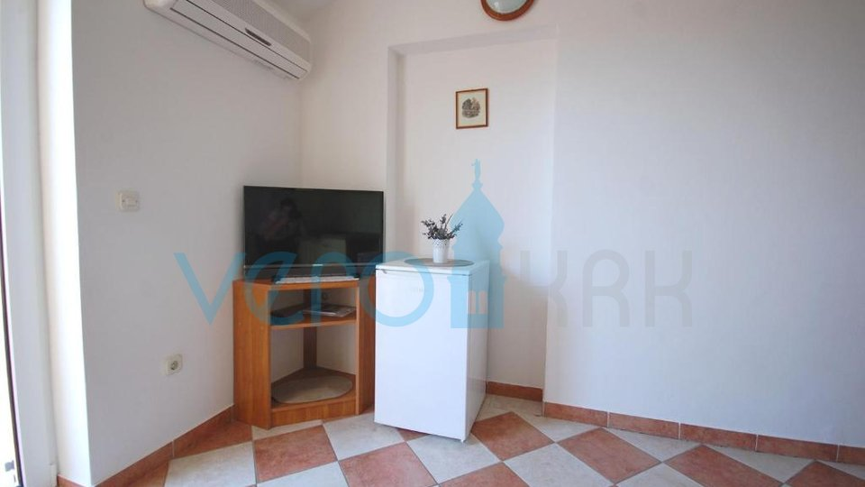 Njivice, island of Krk, apartment 40m2