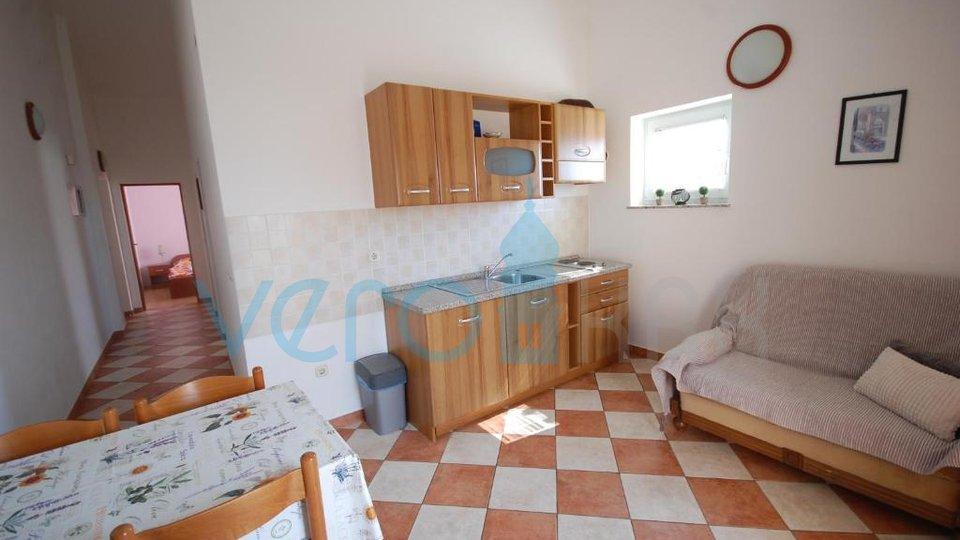 Njivice, isola di Krk, appartamento 49m2