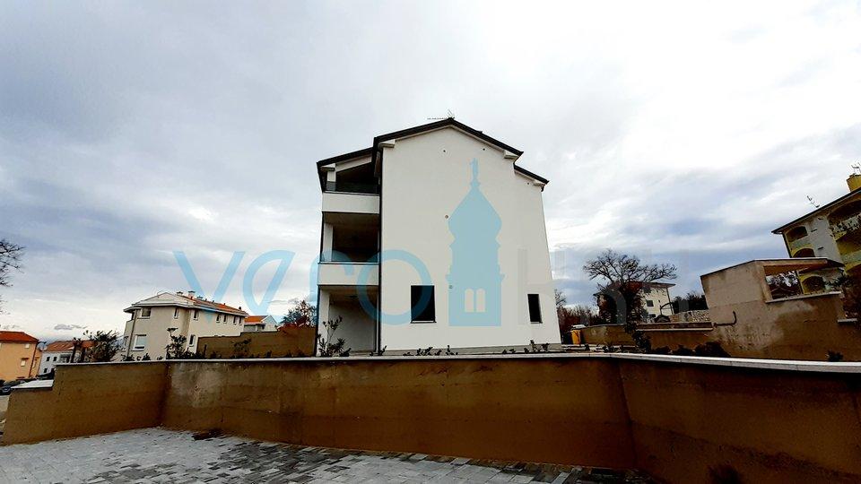 Otok Krk, Malinska, apartman 63m2 na drugom katu