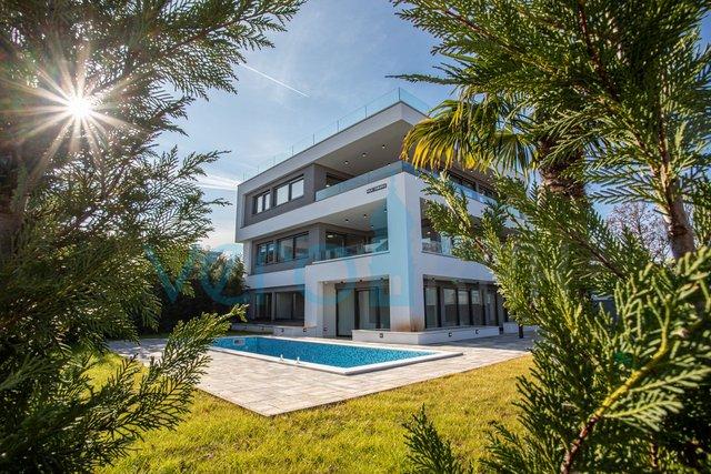 Malinska, otok Krk, ekskluzivni apartman na 150m do mora
