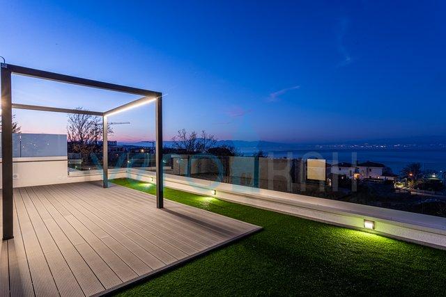 Stanovanje, 93 m2, Prodaja, Malinska