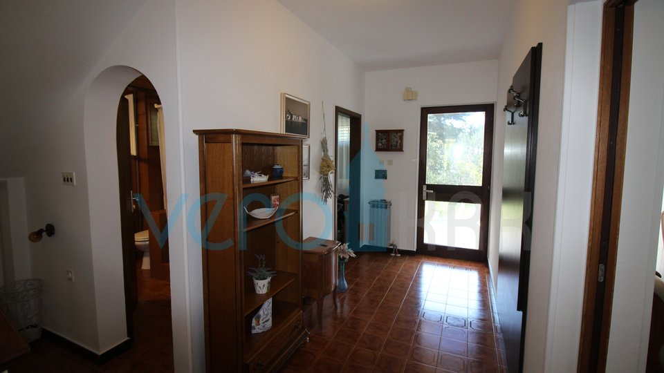 Malinska, surroundings, functional family house, 150m from the beach